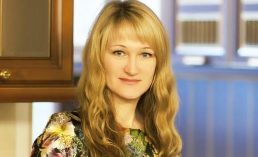 Толстикова Елена